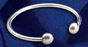 Q-Ray bracelet